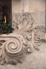 Decoration around the lower window