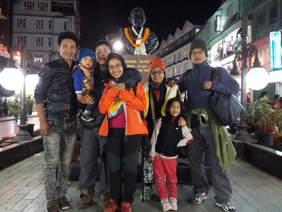 With Mr. Thamrong and friends from Thailand....Sikkim Darjeeling Tour.