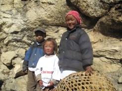 sherpa los ninos en el valle de khumbu