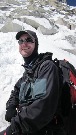Robert-gropel-escalar-island-pico