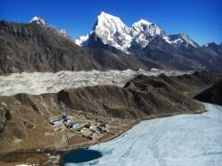 Dudh Pokhari Ngozumpa glacier