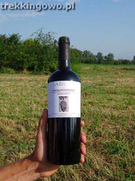 Wino, które dostałem od młodych Gruzinów, gdzieś po drodze...