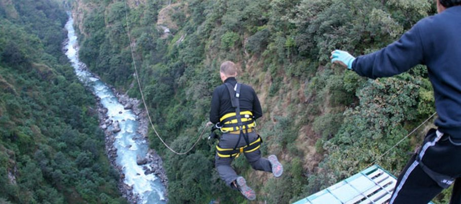 Bungy-Jumping-in-Nepal-5