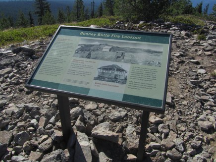A signing telling about the fire lookout and the origin of the name.