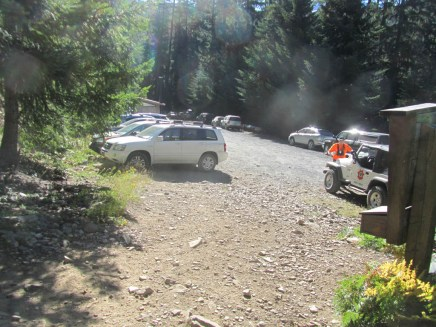 A lot of cars for early in the morning. Sharif search and rescue told us to keep and eye out for a lost hiker.