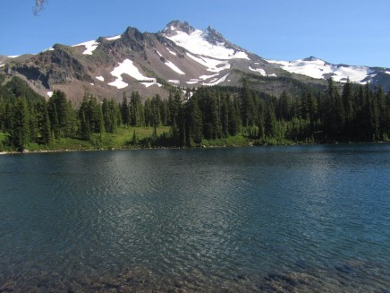 We looped around Scout Lake on our way back.