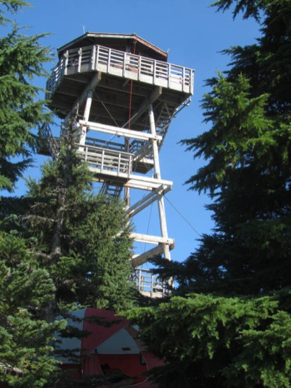 Only forest service folks allowed on the tower. About a dozen folks camped out on the buttes and their tents were tucked in where they could find a spot.
