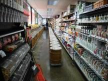 Bulk Food isle at Sheridan Fruit Co.