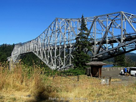 Arriving at Bridge of the Gods in Cascade Locks