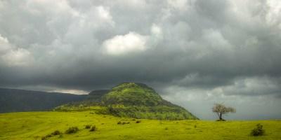 Storm clouds gather over Garbett Plateau