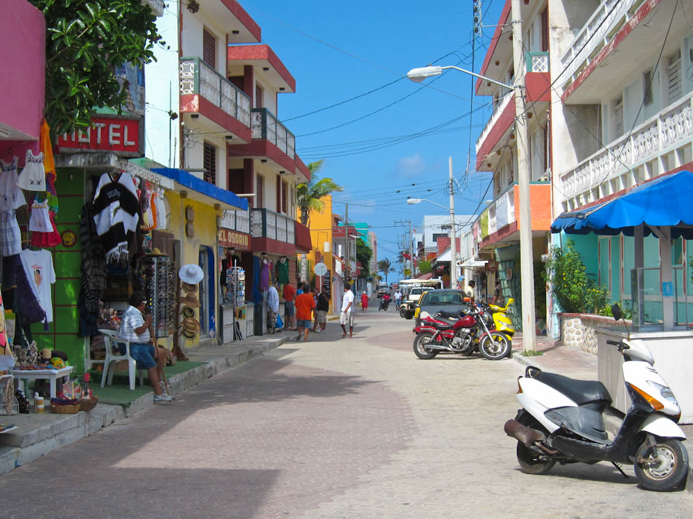 Isla Mujeres Narow Streets