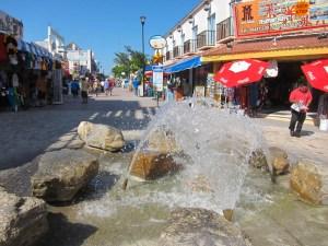 5th-ave-fountain