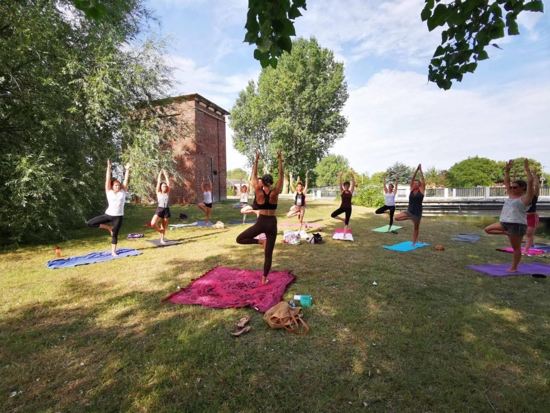©my uma yoga-paddle.jpeg