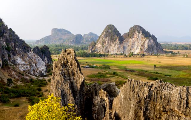6 Kep Province - By MinghaiYang.jpg