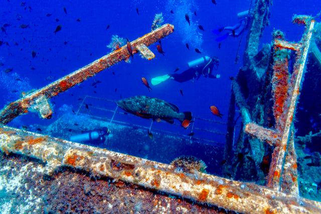 Zenobia ship wreck Cyrpus - By Rostislav Ageev.jpg