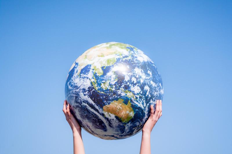 地球一周の距離は?何日くらいかかるの?