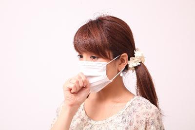 が 喉 痛い で 花粉