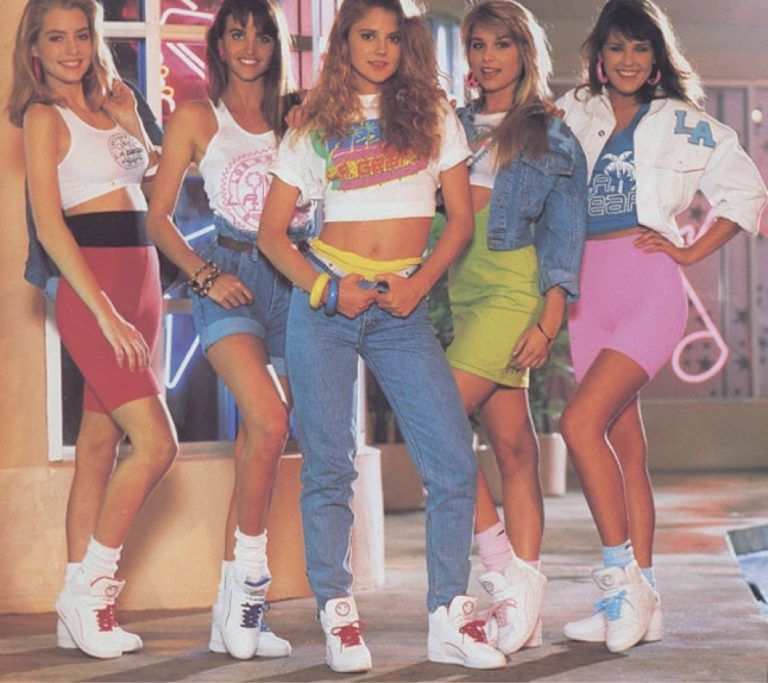 20 Horrible Fashions From The '80s And '90s Back To Haunt Us