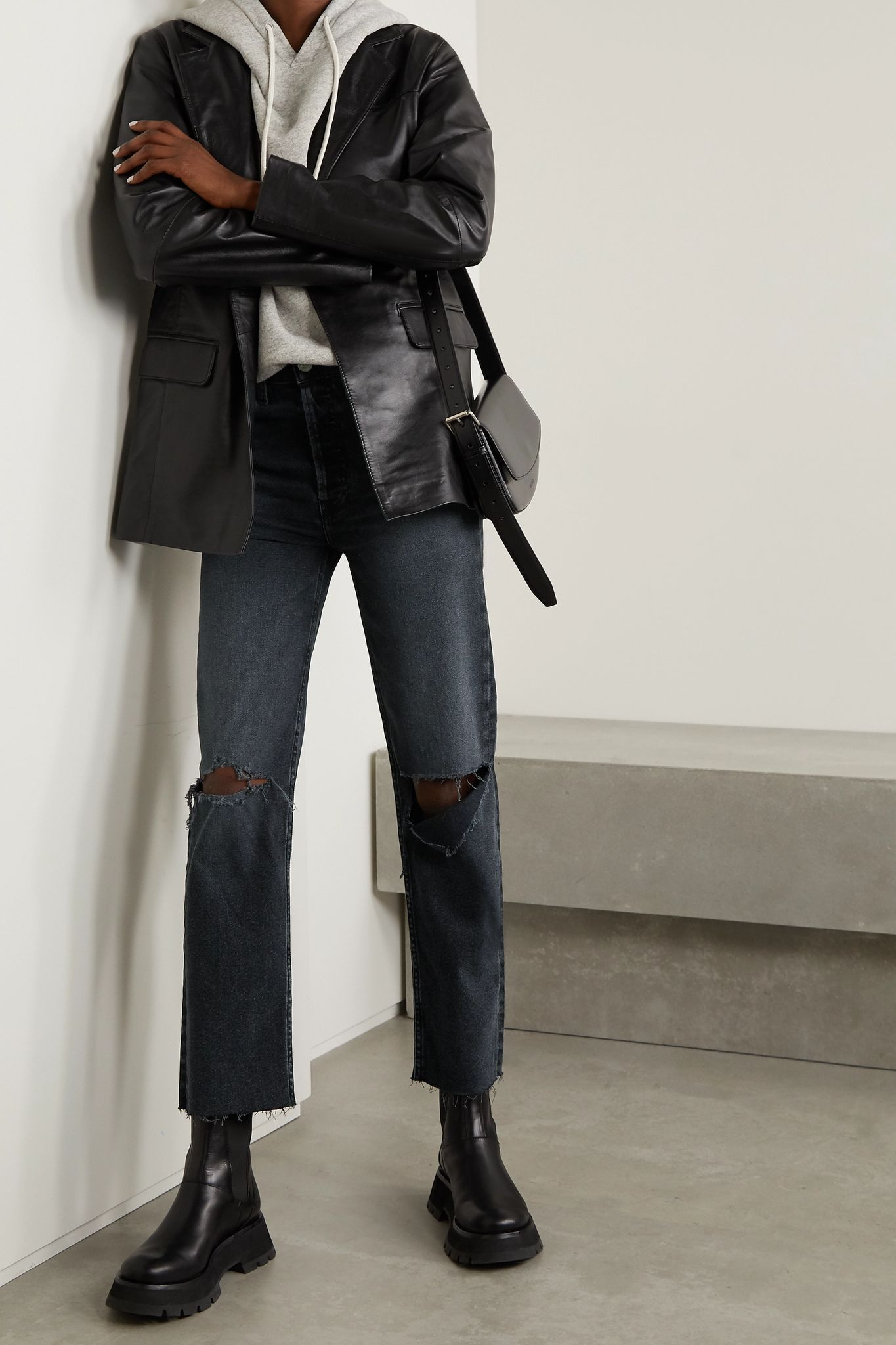 Black 70s Stove Pipe cropped distressed high-rise straight-leg jeans | RE/DONE
