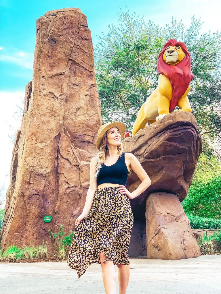 7 Cute Disney Outfits to Wear to Disney