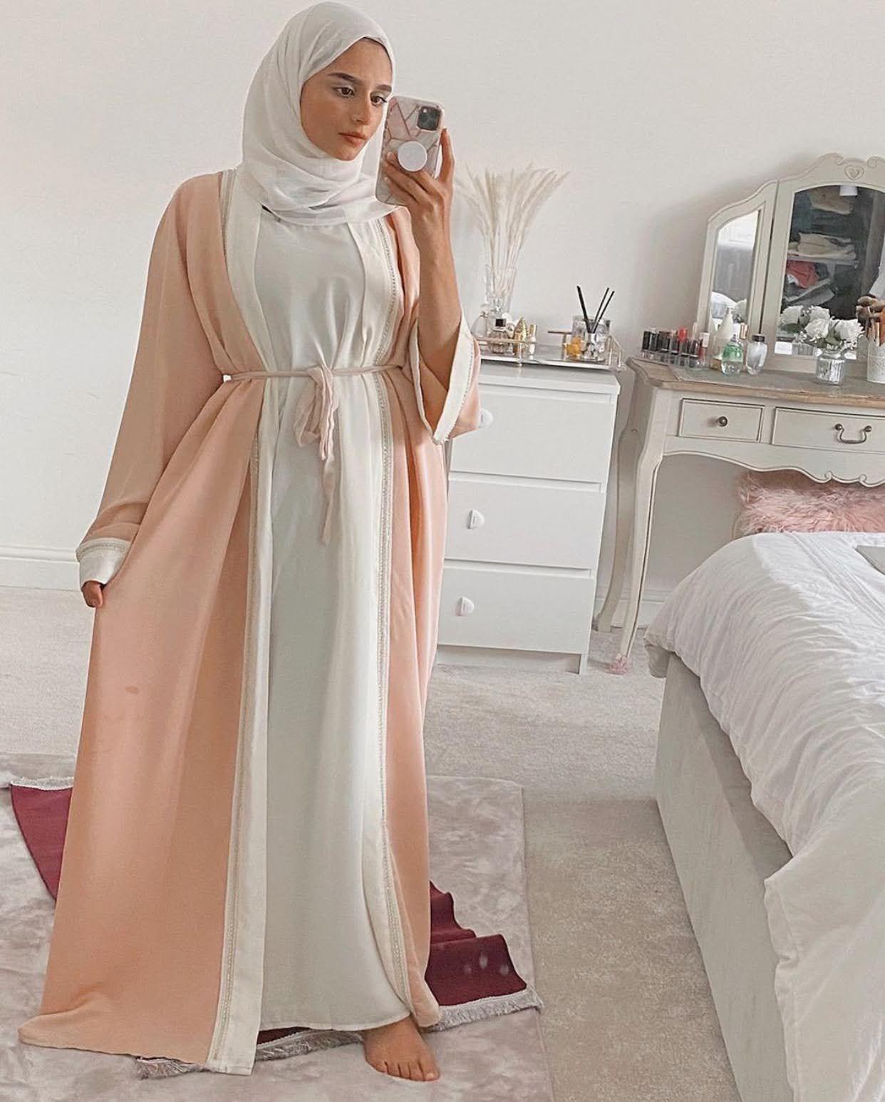 Elegant And Modern Abaya Designs