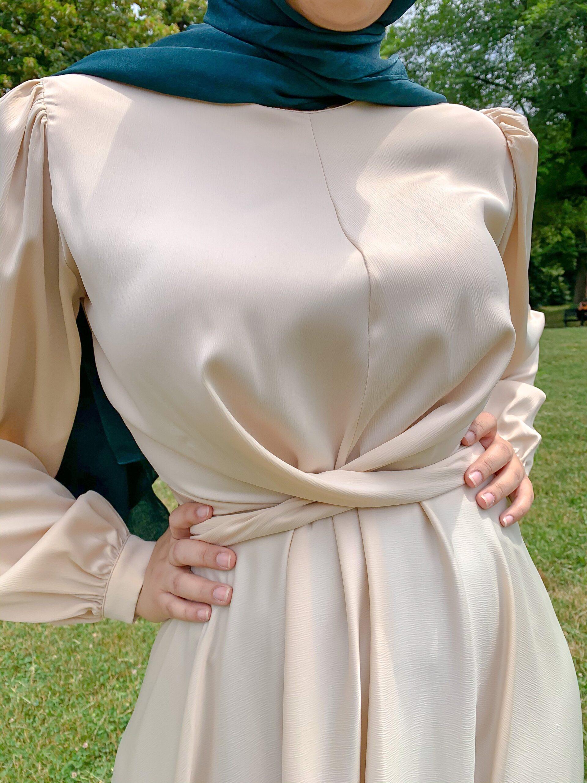 Maysa Satin Dress In Ivory - M / Ivory