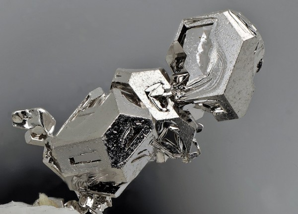 platinum-600x430