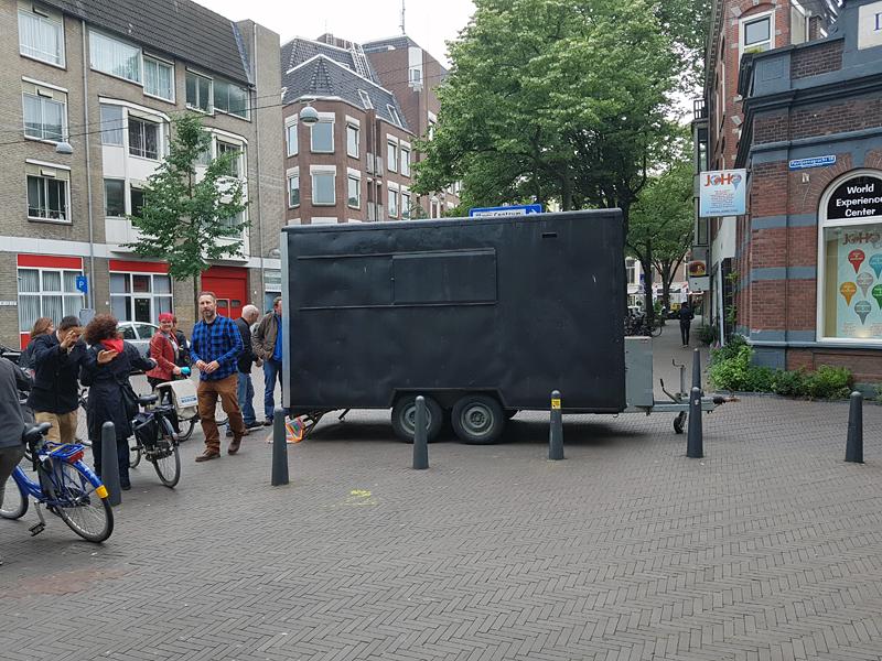 Holaa!, Den Haag