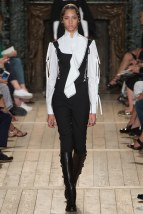 VALENTINO010fw16-couture-tc-772016