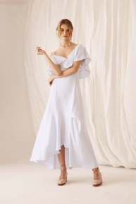Adeam18-resort18-61317