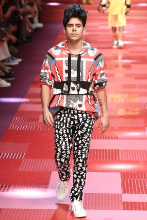 Dolce and Gabbana38-mensss18-61517