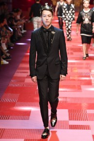 Dolce and Gabbana58-mensss18-61517