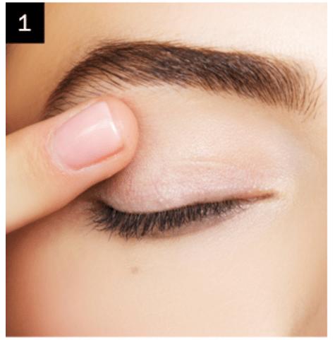 Reverse winged eyeliner tutorial
