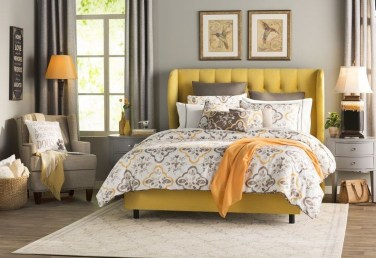 Bedroom Decorating Ideas To Create New Atmosphere 16