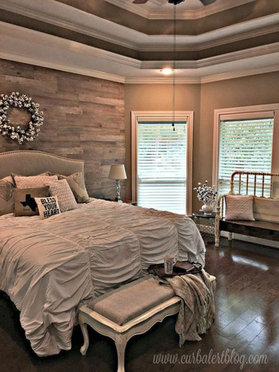 Bedroom Decorating Ideas To Create New Atmosphere 35