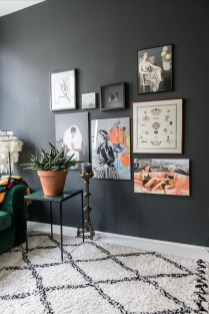 Best Living Room Ideas With Black Walls 29
