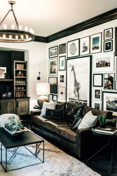 Best Living Room Ideas With Black Walls 44