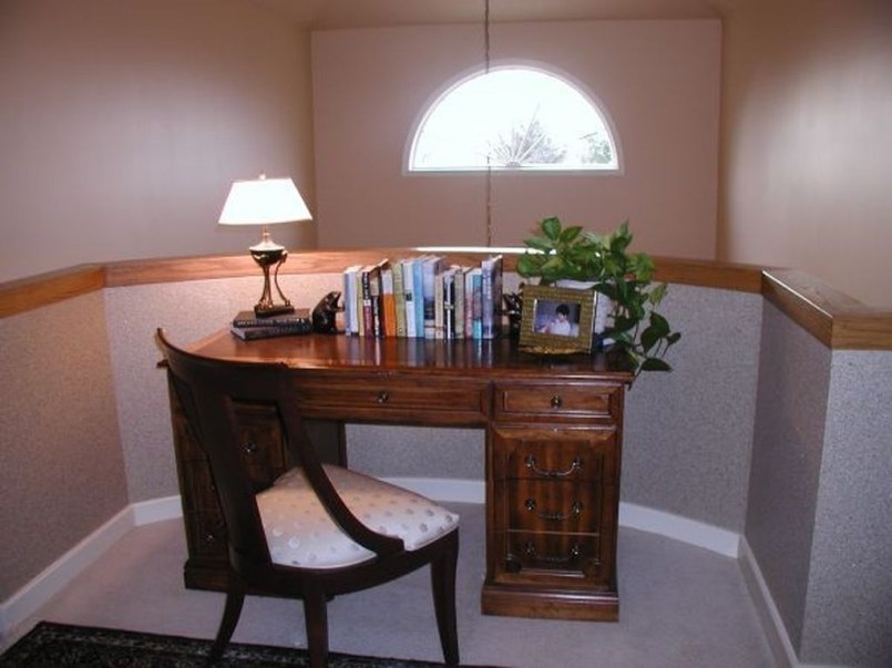 Inspirations To Choosing The Right Tables For Cramped Room 11