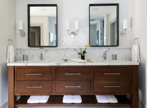 Inspiring Bathrooms With Stunning Details 28