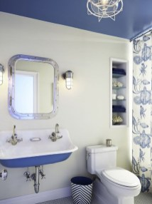 Inspiring Bathrooms With Stunning Details 44