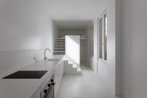 Minimalist Micro Apartment With A Hint Of Color 09