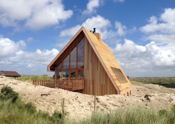 A Wooden House That's Simple On The Outside But Modern On The Inside 36