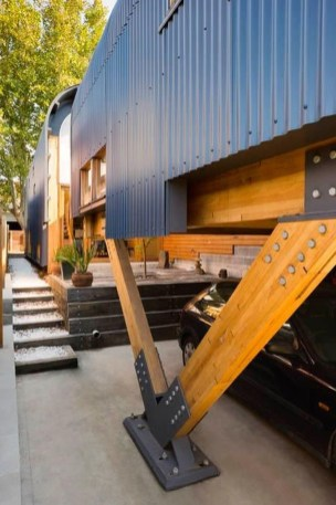 A Wooden House That's Simple On The Outside But Modern On The Inside 37