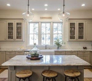 Beautiful Kitchen Designs With A Touch Of Wood 05