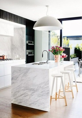 Beautiful Kitchen Designs With A Touch Of Wood 29