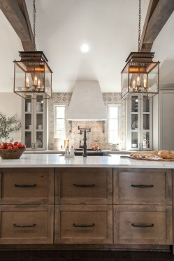Beautiful Kitchen Designs With A Touch Of Wood 50