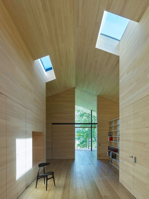 Charming And Minimalist Wooden House 09