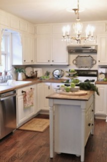 Ideas To Update Your Kitchen On A Budget 34