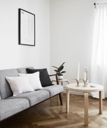 Japanese Inspired Living Rooms With Minimalist Charm 17