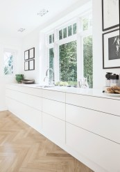 Modern Minimalist House That Full Of Surprises 17
